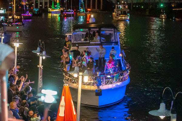 Kemah Christmas Parade 2020 Kemah Boardwalk Christmas Boat Parade 2020 Silverado | Efcgtw